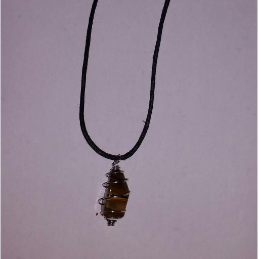 Cord Crystal Necklace (Tiger's Eye)